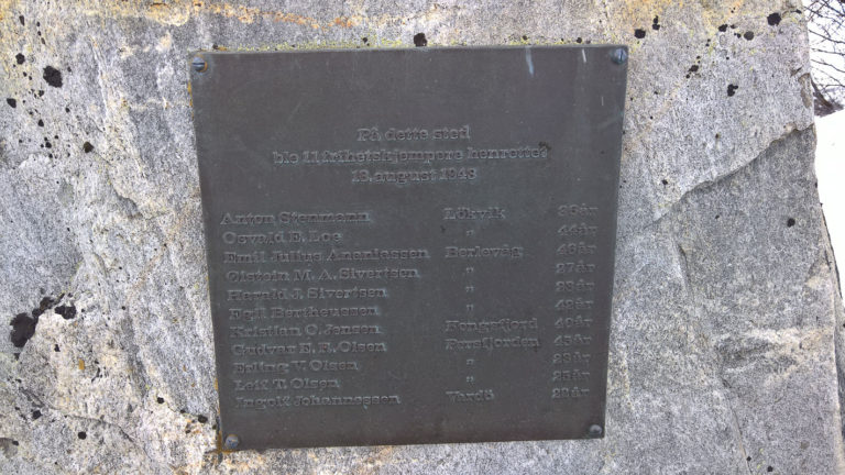 Memorial plaque on the Skytterhusfjellet Hill near Kirkenes over locals who were killed by spade here for having assisted the partisans © Steinar Borch Jensen