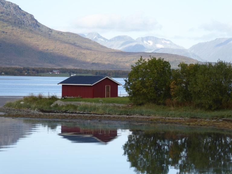 Stille landskap mens høsten tar tak © AM Hellberg Moberg
