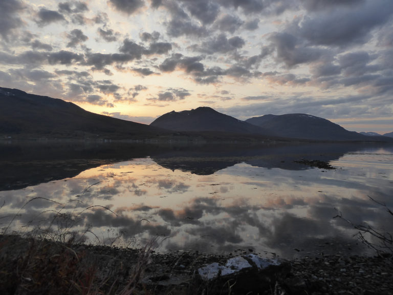 Twilight in the early autumn in Balsfjord © AM Hellberg Moberg