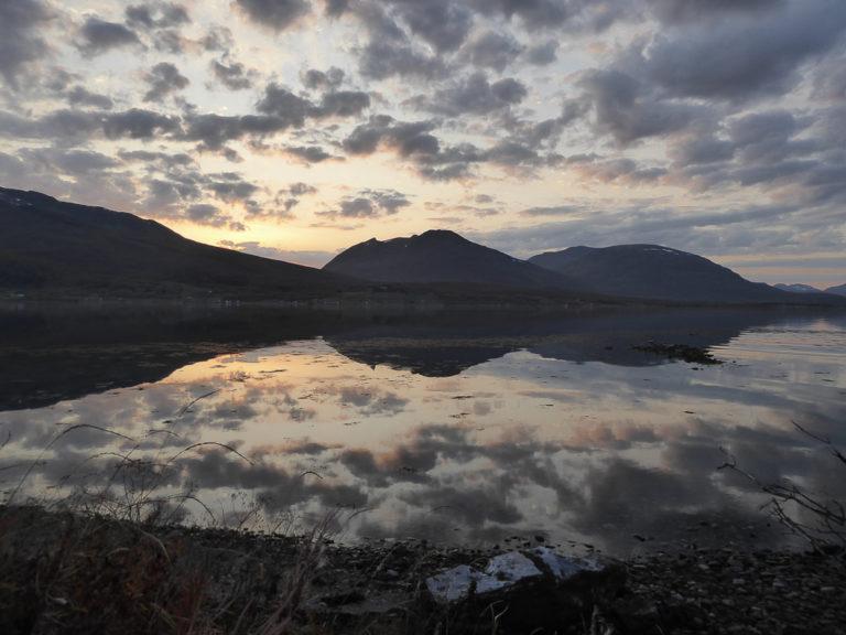 Skumring tidlig på høsten i Balsfjord © AM Hellberg Moberg