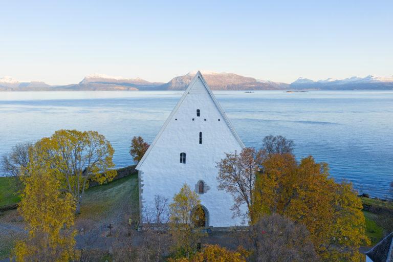 Trondenes Kirke. Foto: Visit Harstad