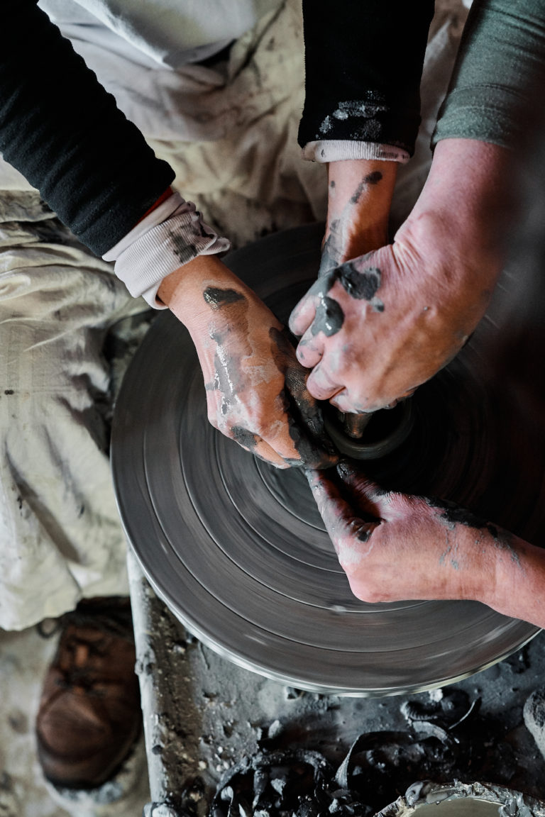 Keramikk. Smed. Foto: Holmene Lofoten