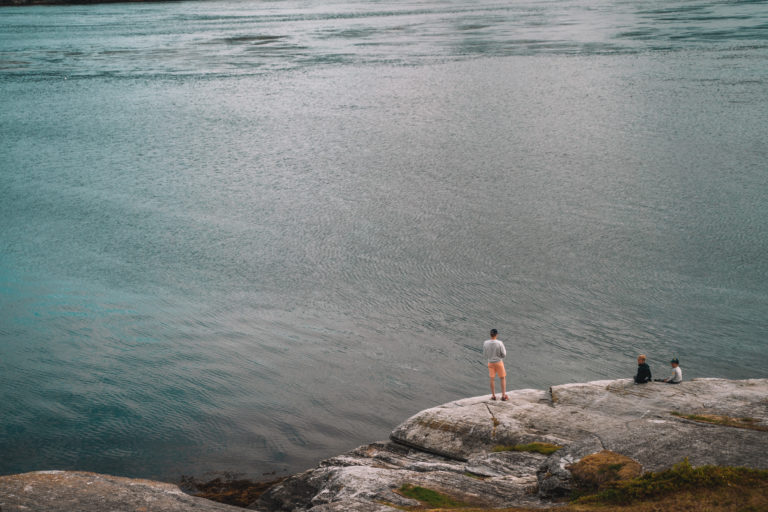 Fiske på Hella. Foto: Mina Taaje