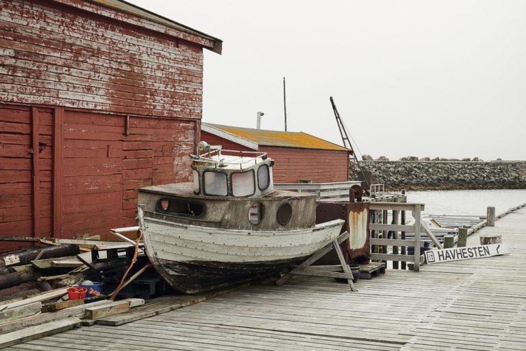 It smells of salt sea and old tar at Ekkerøy © Emile Holba / www.visitvaranger.no