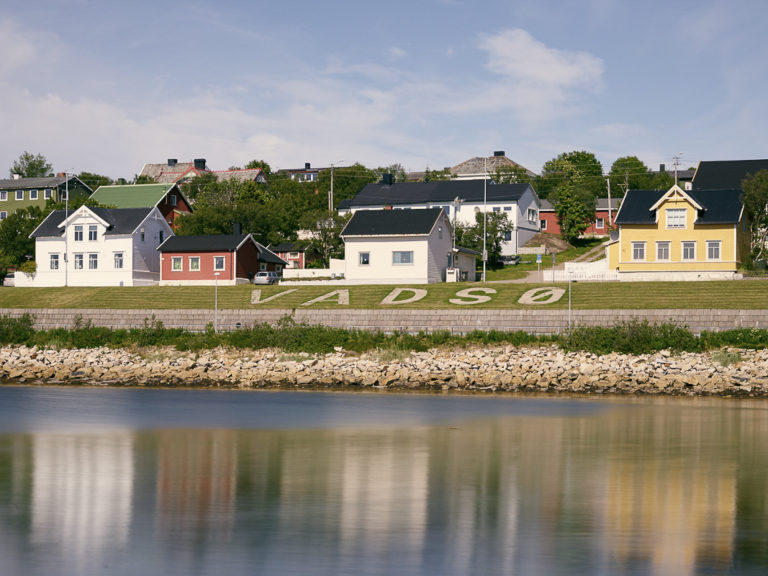 Vadsø is a colourful mix of traditional and reconstruction era © Emile Holba / www.visitvaranger.no