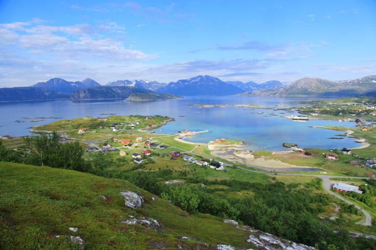 Utsikt på sommerstid fra Hillesøytoppen © Ine Marie V Hagelin