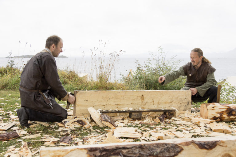 Bygging etter gamle metoder © Harriet M. Olsen/Sør-Troms museum
