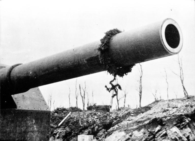 Adolfkanonen ferdigbygd © Sør-Troms Museum
