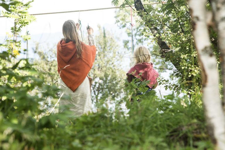 Lindyrking er kvinnearbeid © Harriet M. Olsen/Sør-Troms museum