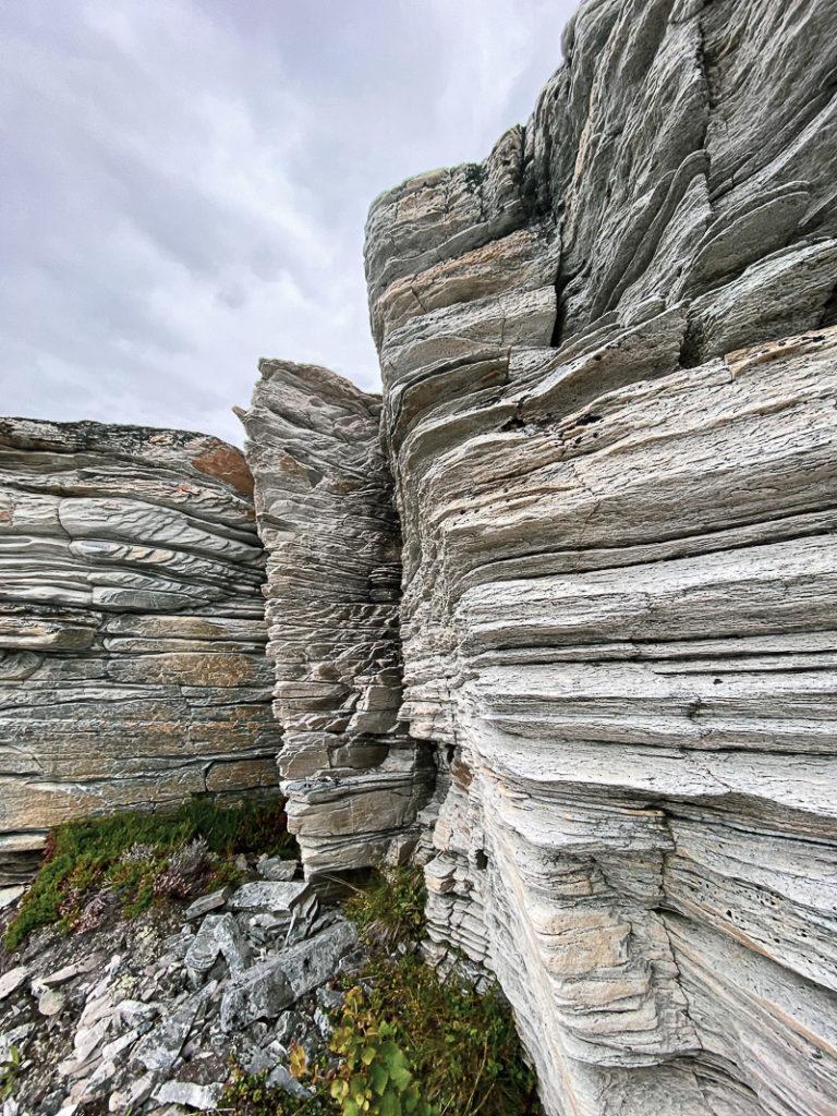 Nærbilde av geologien © Katelin Pell
