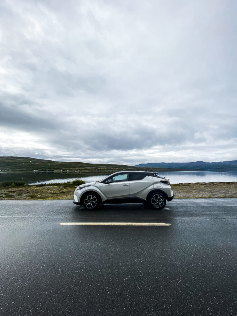 Høy himmel på vei til Havøysund © Katelin Pell