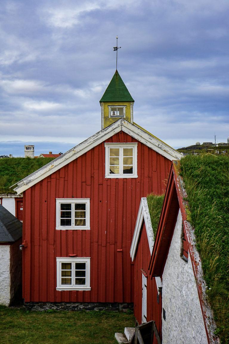 Historiske hus inne i borggården © Katelin Pell